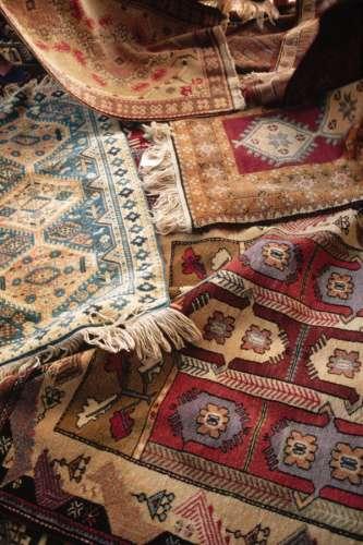 Tu alfombra nueva toque de mujer for Diferentes tipos de alfombras