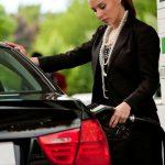 Calcula los litros de gasolina que consume tu automóvil por cada 100 km recorridos
