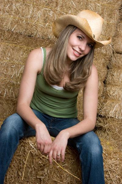 Moda vaquera para hombres y mujeres