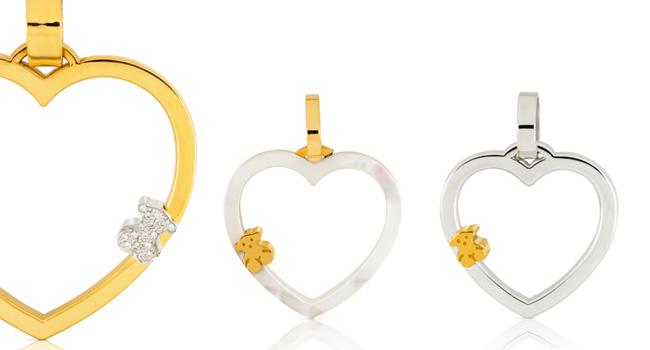 Lleva a tu amor contigo, usando los lindos colgantes de oro de TOUS www.tous.com