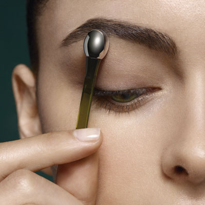 Lifting_Eye_Serum_Step3_101_CROP
