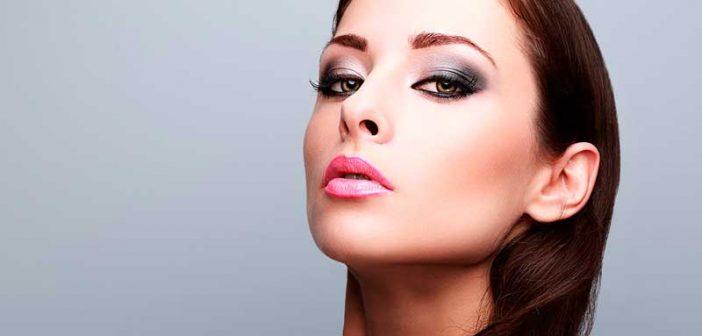 Maquillaje Cut Crease, paso a paso para una mirada impactante