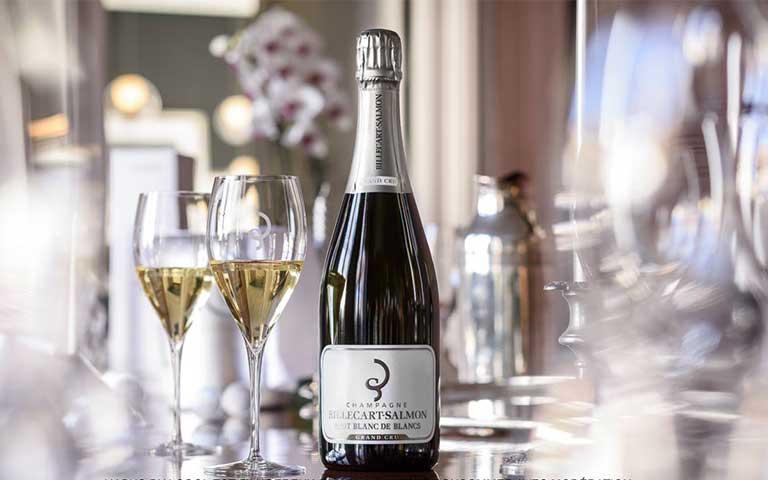 Celebra el día internacional del champagne