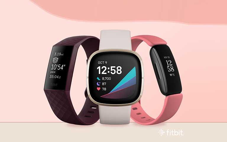 Consiente a mamá con un Fitbit para monitorear su salud y bienestar